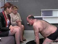 Ms eva - under the feet of the women