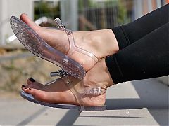Feet 059 - hot soles exposed by wearing transparent sandals